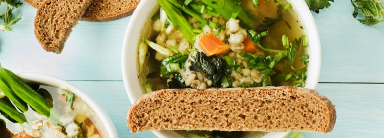 Zuppa d'orzo con  verdure