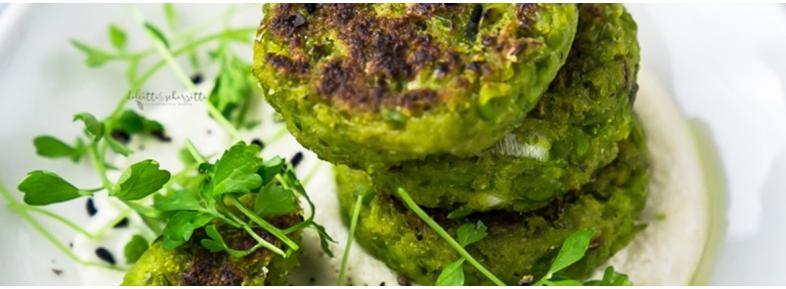 peas falafel with tahini sauce
