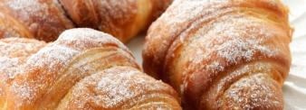 Croissant con farina per sfoglia