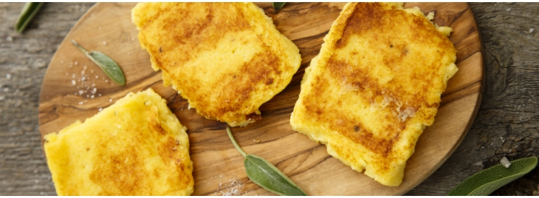 Fried polenta with boletus sauce