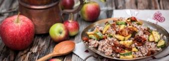 Insalata di grano saraceno mele e zucchine