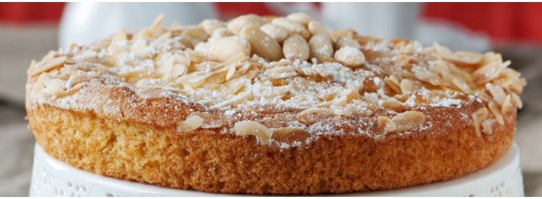 Vegan almonds milk cake