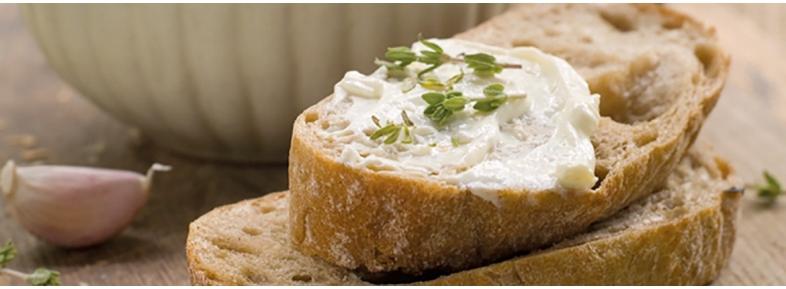 Pane con farina integrale macinata a pietra