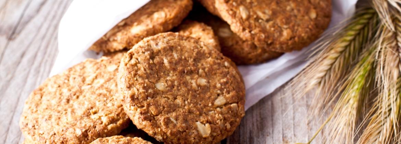 Biscotti ai fiocchi di farro soffiati e avena